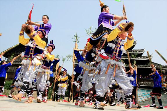 一场侗族歌舞